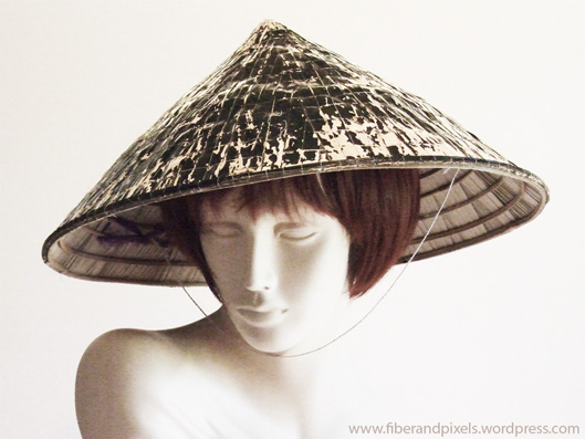 alice-frenz-asian-style-conical-hat