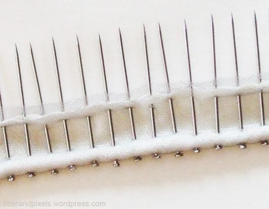 alice-frenz-straight-pin-trim-closeup-fiberandpixels